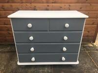 Chest of Drawers ( Can Deliver )