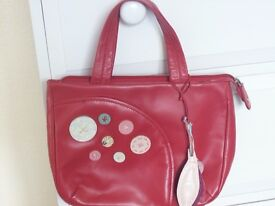 RADLEY LOVELY RED BUTTON APPLIQUE TOTE / GRAB BAG WITH LEAF & CIRCLE TAG