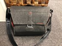 Peak Design Messenger 13in Charcoal