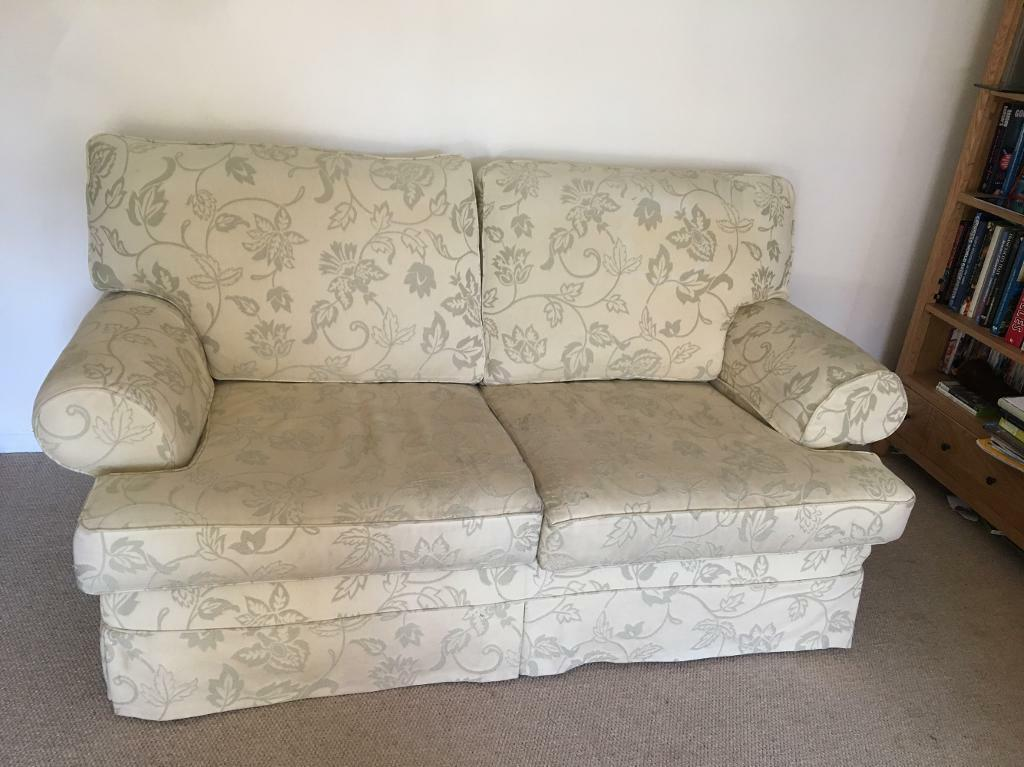 MUTIYORK SOFAS 3 seat and 2 seater. FREE