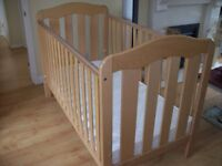 MAMAS AND PAPAS SOLID WOOD ELOISE COT BED WITH OR WITHOUT GOOD QUALITY MATTRESS