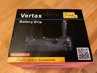 Pixel Vertax Battery Grip for Canon 5D (Trays for LP-E6 & AA)