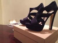 NEW Miu Miu heels in original box - dark blue - size 41 (UK 8)