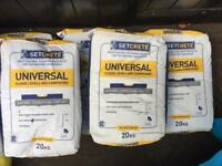 Five unopened bags of SetCrete Universal Floor Levelling Compound