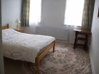 Large Double Room Ealing Broadway W5, Excellent Location (Central & District Line)