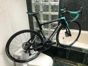 BRAND NEW (SIZE 52cm) 2018 BIANCHI ARIA CARBON ULTEGRA DISC ROAD BIKE