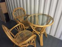 *PICKUP TODAY, PORTSMOUTH* - Table and Chairs £10