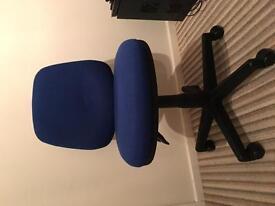 Desk / Computer chair