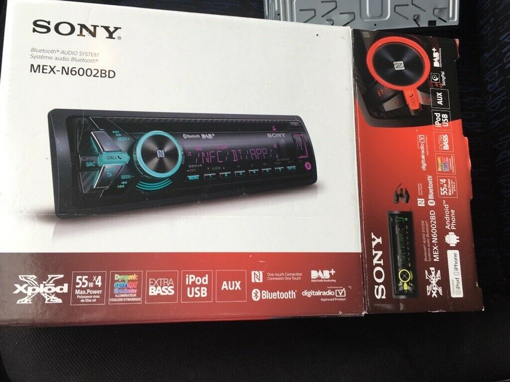sony mex-n6002bd single din car stereo  cost £200 only 11 months old