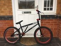 BARGAIN. COLONY PROFESSIONAL BMX STUNT BIKE.