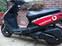 Yamaha vity 124cc moped, fast!