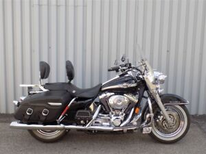 2003 Harley-Davidson FLHRC Road King Classic TRÈS PROPRE