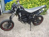 Yamaha wr125x super moto / enduro off road green laner 4 stroke engine electric start