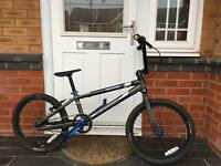 BARGAIN. HARO PROFESSIONAL BMX RACING BIKE IN EXCELLENT CONDITION
