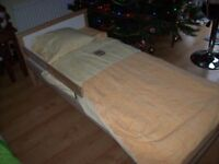 TODDLER BED WITH MATTRESS,WASHABLE COVER AND INC FOR FREE NEUTRAL BEDDING SET.