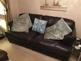 Leather 3 seater and 2 seater suite