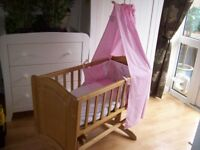 MOTHERCARE GLIDING CRIB IN GREAT CONDITION WITH MATTRESS AND BEAUTFUL PINK BEDDING SET