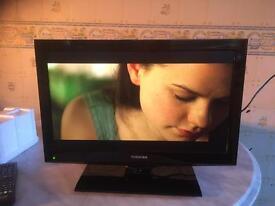 "Toshibia 19"" tv DVD combi"