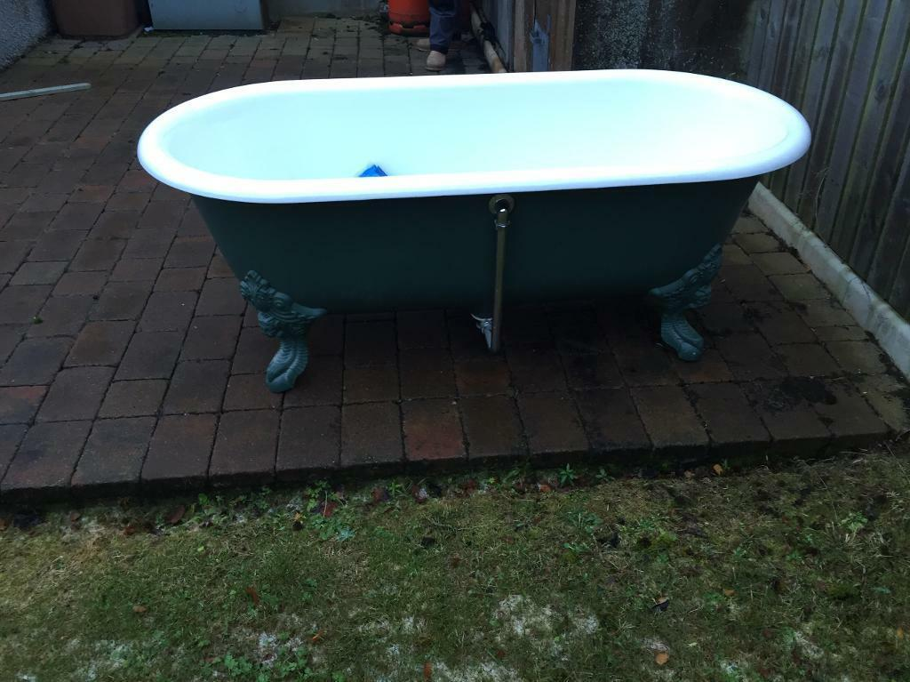 Vintage roll top cast iron bath