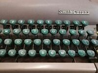 Vintage Smith Corona Silent Portable Typewriter and Carry Case Working Order