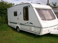 swift challenger 2 berth 05 with large end shower room