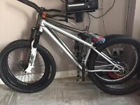 Specialised p2 and haro thread eight