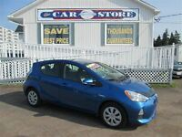 2012 Toyota Prius c Technology 50 MPG!! AUTOMATIC A/C CRUISE PW