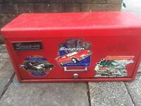 Snap On tool box with various Nearly New Snap On tools £450