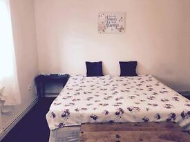 Great sized double bedrooms and king size room are available! All bills are included!