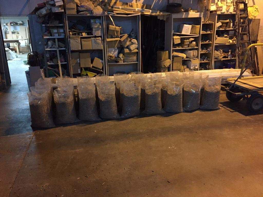 Biomass woodpelletsin Dunfermline, FifeGumtree - Good quality biomass wood pellets for sale 6mm for wood pellets boilers. 50 x 20kg bags delivered within the central belt for £220. Can deliver further a field for small charge
