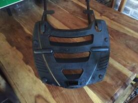GIVI Luggage rack to fit Suzuki GSX600F and GSX750F