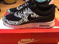 Nike Thea Print Size UK size 7 BRAND NEW