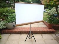 'Vintage' Projector screen.. portable