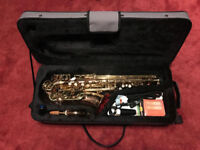 Odyssey Premiere OAS700 Alto Saxophone with Case + Accessories - Excellent condition, barely used