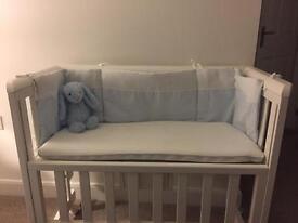 Troll Adjustable Position Bedside Crib White