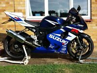 SUZUKI GSX-R 600 K4 (2004) with a 1-year brand new faultless MOT, only selling due to house move