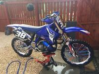 2004 YAMAHA YZ 250 ****LIKE NEW***COMES WITH BOOTS,SUIT,HELMET not ktm rm kx