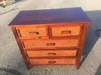 chest of drawers £35