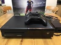 Xbox ONE 500gb with 2 wireless controllers, FIFA 16, UFC 2 and Call of Duty Ghosts