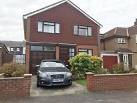 Amazing opportunity to rent this spacious four bedroom house, in the prestigious Farnborough Village