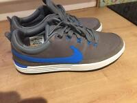 Brand new men's golf shoes size 8
