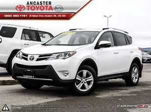 2014 Toyota RAV4 XLE AWD WITH NAVIGATION & ONLY 32229 KMS!!