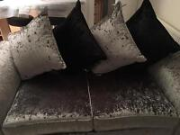 DFS Shine/Ebony Scatter Cushions