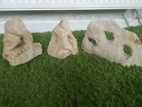 Decorative rock for aquariums
