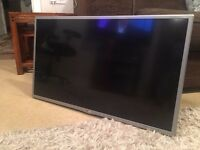 Broken -LG 32LF580V LED TV for Repairs or Spares