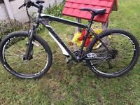 Specialized Hardrock Mountain Bike - Large - Hydraulic Brakes Lockout Forks