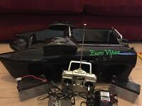Euro viper bait boat in working condition