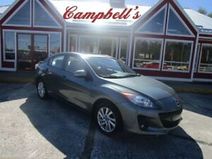 2013 Mazda MAZDA3 GS-SKY SUNROOF HTD LEATHER ALLOYS 68, 000KM!!