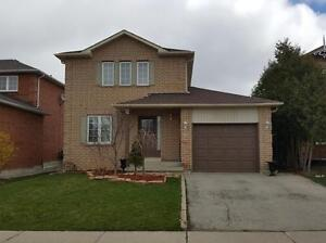 Detached three bedroom Bayview and Stoufville Road