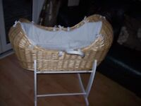 CLAIR DE LUNE WICKER NOAH POD STYLE MOSES BASKET AND WHITE ROCLING STAND + GORGEOUS WHITE BEDDING